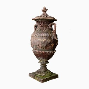 Antike Gartenurne aus Terrakotta