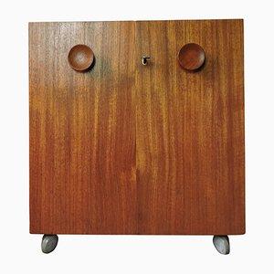 Mueble bar de teca de Erik Buch para Dyrlund, años 60