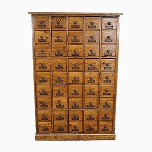Mueble de farmacia alemán de pino, años 30
