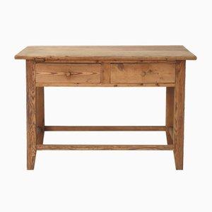 Rustikaler antiker Holztisch