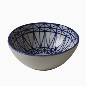 Mundane Geometry Bowl by Mãdãlina Teler for De Ceramică