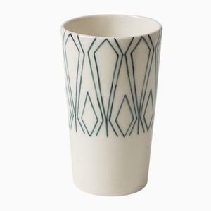 Mundane Geometry Cup by Mãdãlina Teler for De Ceramică