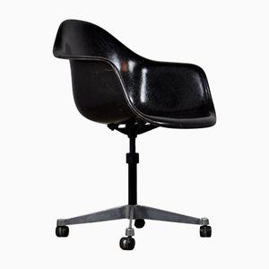 Chaise de Bureau par Charles & Ray Eames pour Herman Miller, 1977
