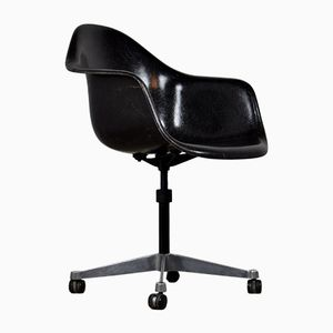 Desk Chair by Charles & Ray Eames for Herman Miller, 1977
