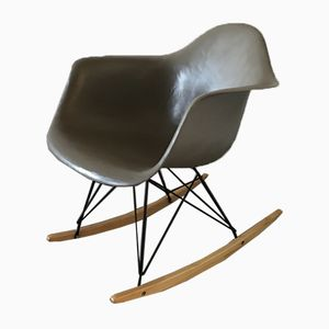 Fibreglass RAR Chair by Charles & Ray Eames for Zenith Plastics, 1954