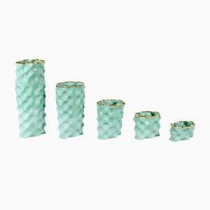 Porcellane Ø Wave dorate e verde acquamarina di Mari JJ Design