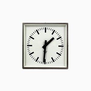 Horloge Ferroviaire Industrielle Carrée de Pragotron, 1970s