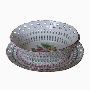 Cesa antigua de porcelana con plato de Luneville
