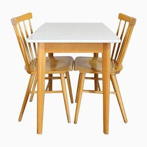 Tavolo da pranzo vintage con due sedie, Scandinavia, anni '70