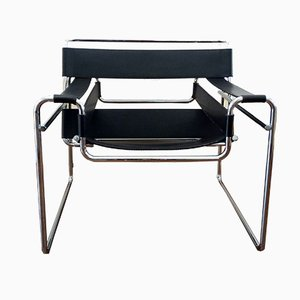 Black Leather Wassily Chair by Marcel Breuer for Knoll International, 1980s