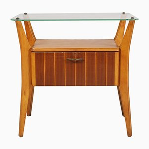 Mesita de noche de cristal, nogal y madera de arce de Gio Ponti para La Permanente Mobili Cantù, años 40