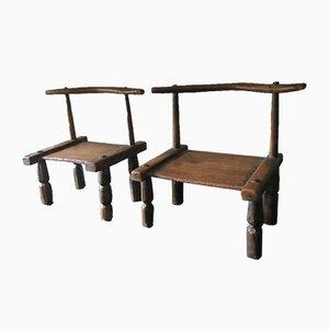 Niedrige handgeschnitzte antike Stühle der Elfenbeinküste, 2er Set