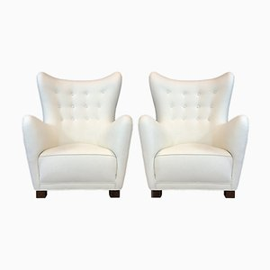 Vintage Model 1672 Lounge Chairs from Fritz Hansen, Set of 2