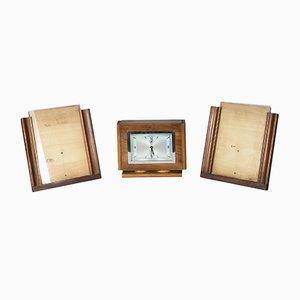 Juego de dos marcos para fotografías y reloj italiano, años 40