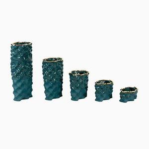 Porcellane Ø Wave verde scuro e dorate di Mari JJ Design