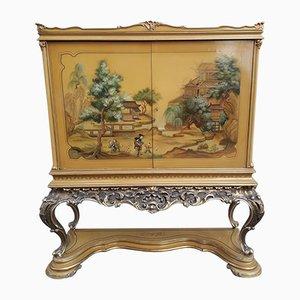 Antiker chinesischer Barschrank