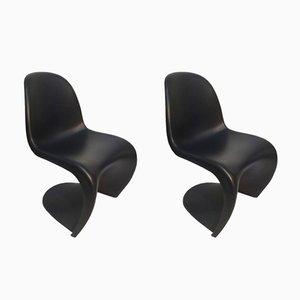 Chaises en Plastique Noir par Verner Panton pour Vitra, 2001, Set de 2