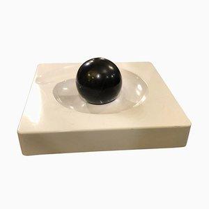 Milieu de Table Spyros Noir et Blanc par Eleonore Peduzzi Riva pour Artemide, 1965