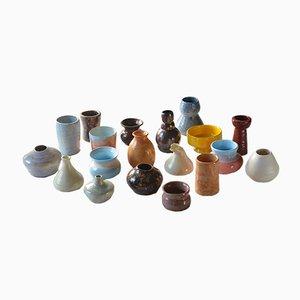 Jarrones vintage de cerámica. Juego de 19