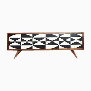 Skandinavisches Mid-Century Sideboard aus Nussholz in Schwarz & Weiß, 1960er