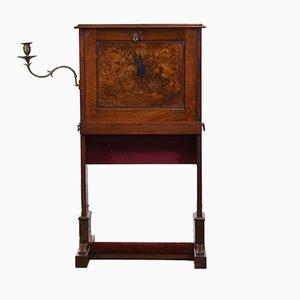 Antiker Arts & Crafts Schreibtisch aus Nussholz mit Tragegriffen