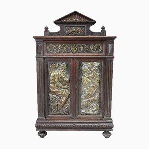 Alacena italiana estilo renacentista antigua de roble