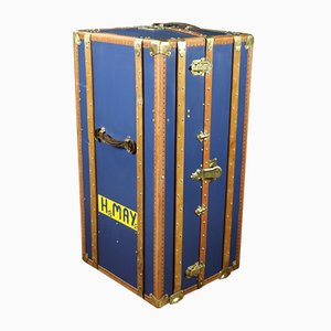 Vintage Model R2666 Trunk with Storage Compartments
