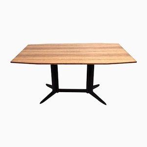 Mesa de comedor con tablero de chapa de zebrano y estructura de madera ennegrecida, años 60