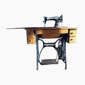 Antique Sphinx Sewing Machine from Singer, 1929