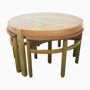 Table Basse Ronde Vintage en Teck avec 3 Tables Gigognes Ovales