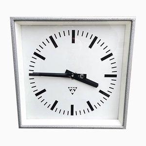 Orologio quadrato industriale di Pragotron, Repubblica Ceca, anni '60