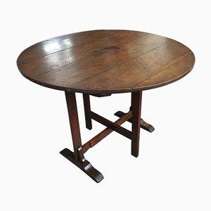Mesa de cata de vinos francesa rústica antigua de madera