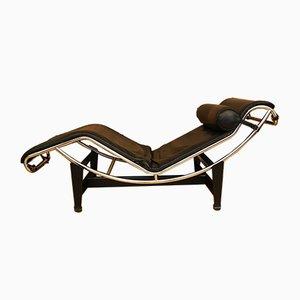 Chaise longue LC4 di Le Corbusier, Pierre Jeanneret, & Charlotte Perriand per Cassina, anni '70