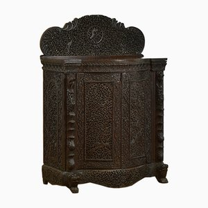 Meuble d'Appoint Antique en Serpentin de Birmanie
