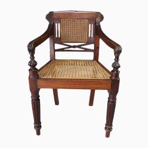 Antiker anglo-indischer Padouk Armlehnstuhl