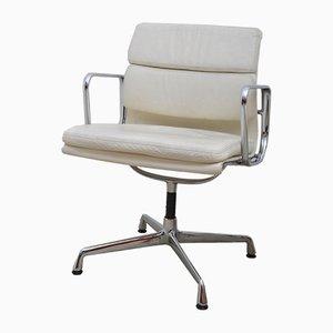 Sedia da ufficio EA 208 imbottita di Charles & Ray Eames per Vitra, anni '90