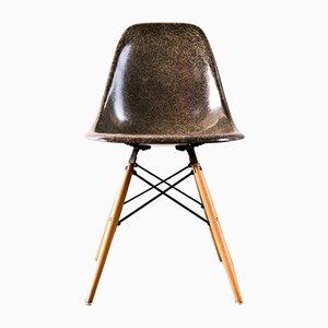 Sedia DSX in fibra di vetro di Charles & Ray Eames per Herman Miller, 1968