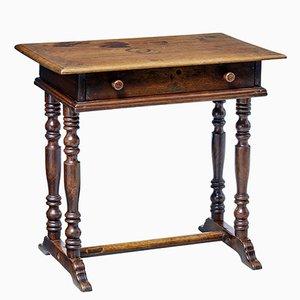Tavolino antico in noce