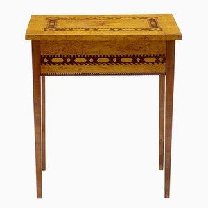 Tavolino antico da cucito