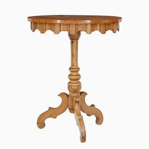 Tavolino ovale in radica di betulla, Svezia, XIX secolo