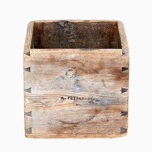 Caja o contenedor de almacenamiento sueco de pino del siglo XIX
