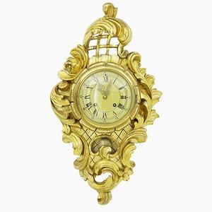 Orologio da parete vintage in legno intagliato dorato con decorazioni di Hasselblad, anni '50