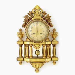 Orologio da parete in legno scolpito con decorazioni di Westerstrand, Svezia, anni '50