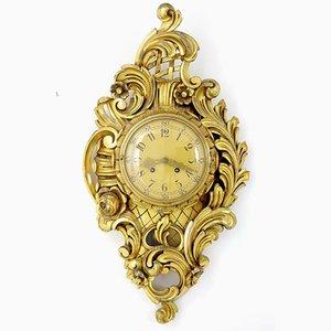 Orologio da parete in stile antico in legno intagliato dorato di Westerstrand, Svezia, anni '50