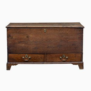 Small 18th-Century Oak Mule Chest