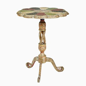 Tavolino di servizio policromato, India, XIX secolo
