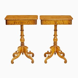 Tables d'Appoint Antiques en Bouleau, Set de 2