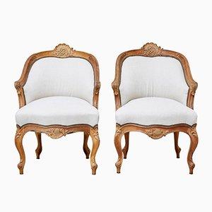 Antike französische Stühle aus Nussholz, 2er Set