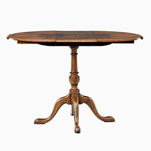 Small Walnut Extendable Table, 1920s
