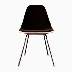 DSX Fiberglass Chair by Charles & Ray Eames for Herman Miller, 1968